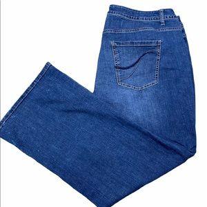 LANE BRYANT Boot Cut Size 22 Short  Blue Jeans Hi